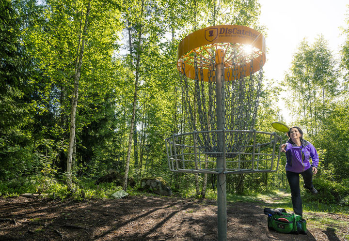 Disc-golf under the main grid.